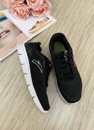 Универсальные кроссовки anta