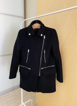 Шерстяное пальто прямого фасона  zara