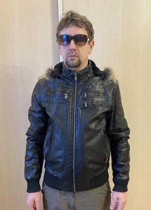 Кожаная демисезонная куртка мужская colin's размер м
