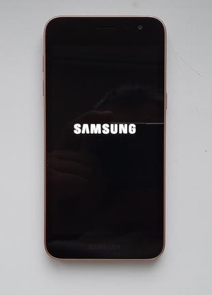 Мобильный телефон Samsung SM-J260F