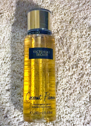 Парфюмированный спрей для тела victoria's secret coconut passi...