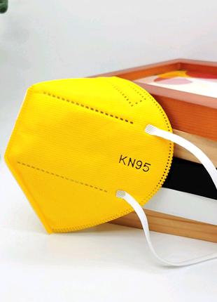 Защитная маска KN95 желтая
