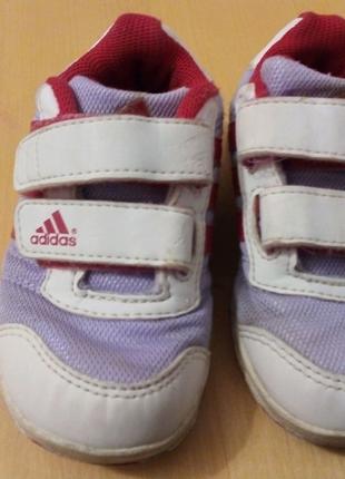 Кроссовки Adidas, по стельке 14 см.
