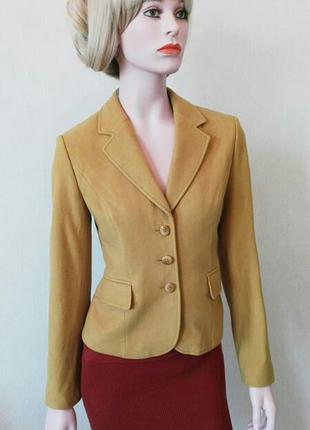Шерстяной пиджак от немецкого бренда  Betty Barclay