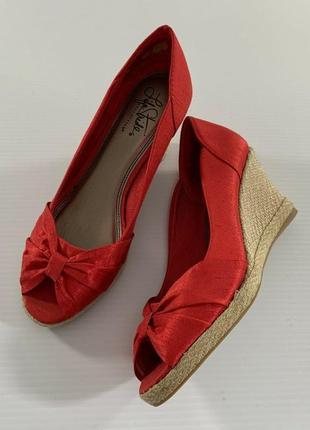 Красные босоножки туфли на платформе life stride эспадрильи
