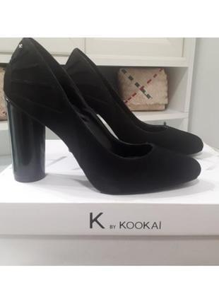 Натуральные туфли кожаные на высоком каблуке kookai замшевые замш