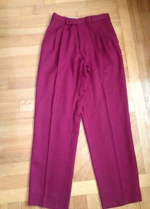 Классические брюки с высокой талией