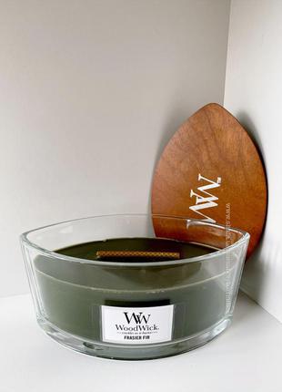 Ароматическая свеча с деревянным фитилем woodwick frasier fir