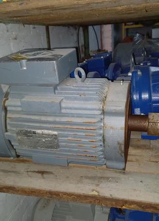 Электродвигатель K21R 132s4 новый  9.5 квт 2600 об 80hz