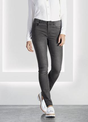 Качественные джинсы Skinny Fit от Esmara. 42 евро