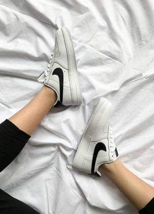 Nike air force 1 white 'black logo'