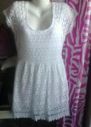Белое  платье из вязаного кружева фирмы zara на укр 42