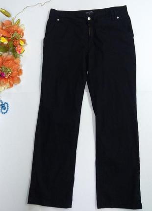 Женские черные прямые эластичные брюки размер 44