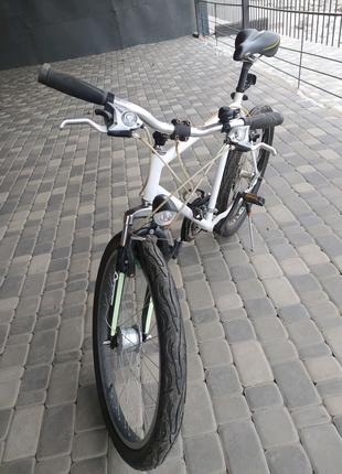 Велосипед .  Mercedes Benz