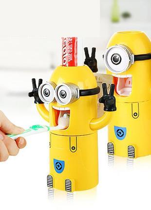 Дозатор зубной пасты с держателем для зубных щеток и  для детей М
