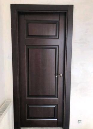 Двері з масиву сосни та ясена
