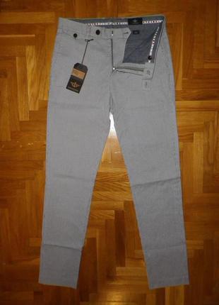 Брюки мужские чиносы DOCKERS (Malaysia) slim fit W31