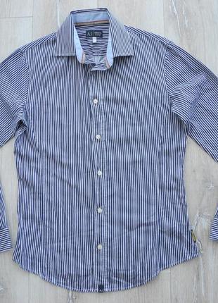 Рубашка armany jeans р. l ( новое ) женская