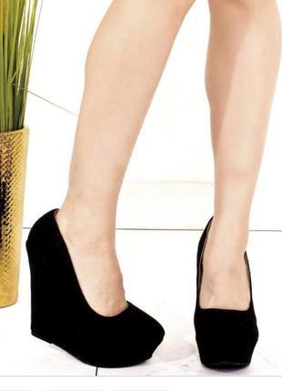 Туфли на платформе 25,5см только 27.01 цена 199грн