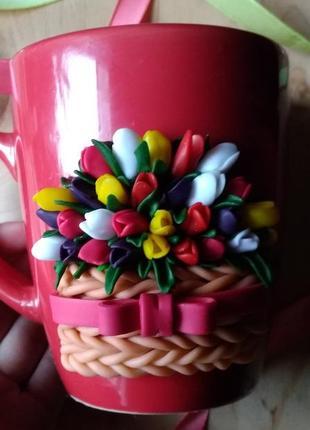 Дуже гарна чашка з тюльпанами