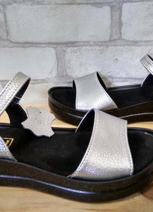 Суперудобные мягкие кожаные босоножки
