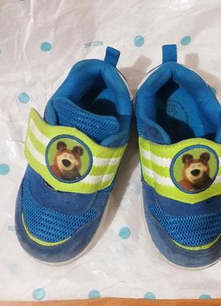 """Детские кросовки """"маша и медведь"""""""