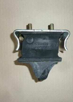 A9012412513 Mercedes Подушка двигуна