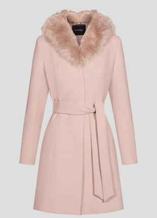 Пальто с воротником orsay