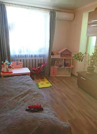 Продам 1 комнатную квартиру на Днепродороге