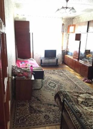 Продается двухкомнатная квартира. В районе парка Горького