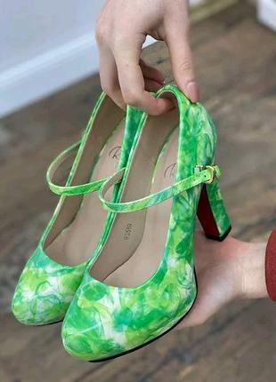 Стильные женские туфли на каблуке высота каблука 11 см.