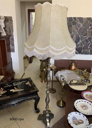 Торшер светильник напольный из Европы винтаж старинный