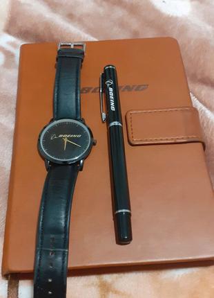 Часы от компании boeing