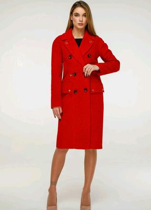 Пальто жіноче.Весна