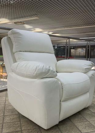 Кресло Реклайнер с электроприводом. Белая итальянская эко кожа