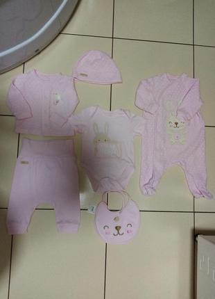 Комплект для новорожденной малышки на выписку бемби, 56 р.