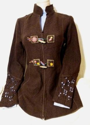 Шикарный теплый тренч,вяляная шерсть,вышивка,42-48разм.