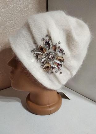 Шикарная женская шапка с камнями odyssey украина молочная белая