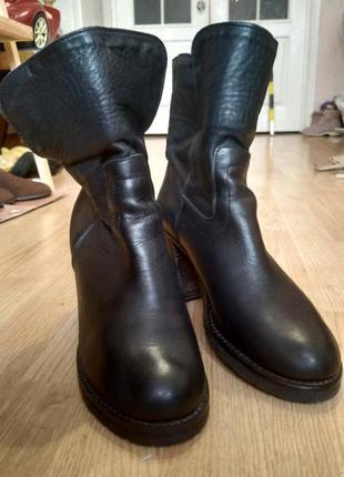 Черные кожаные ботинки ботильоны с языком италия