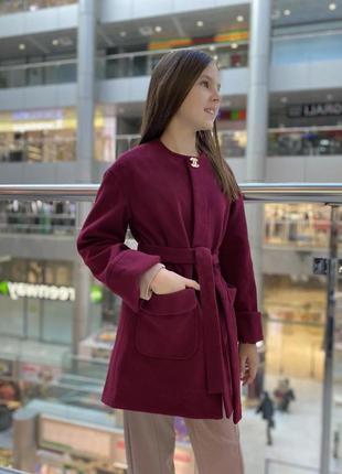 Красивое модное пальто для девочки на рост 128-152