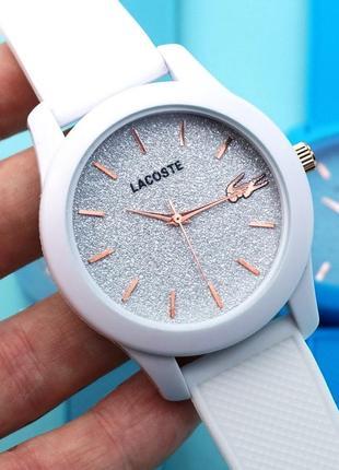 Часы женские lacoste