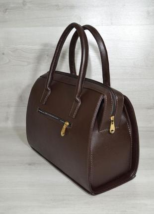 Женская классическая жесткая сумка саквояж коричневая гладкая