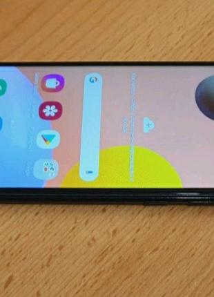 Продам смартфон Samsung A11