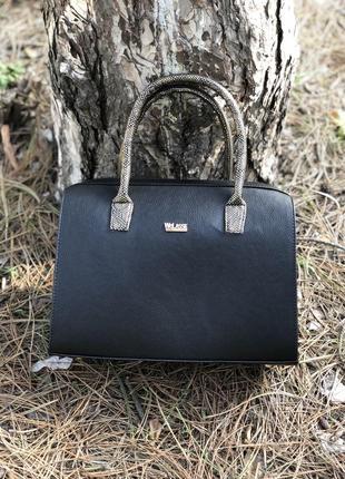Женская классическая жесткая сумка саквояж черная матовая с зо...