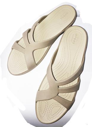 Жіночі шльопанці Crocs 8,9 євро
