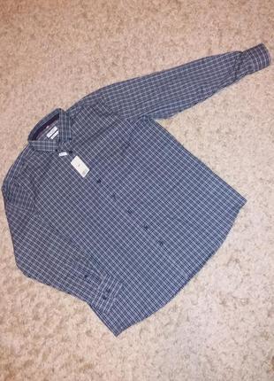 Рубашка дуже  приємна на дотик. європейський розмір 44-17 1/2