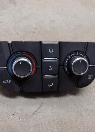 Панель кондиционера Opel Astra J блок управления 13435154 Опель