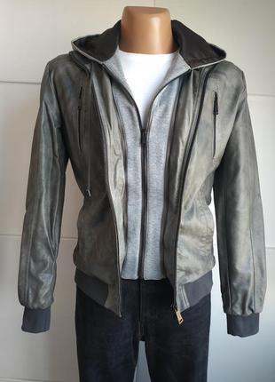Стильная мужская  куртка zara man из искусственной кожи