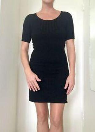 Платье трикотажное 100% шерсть merona (италия)