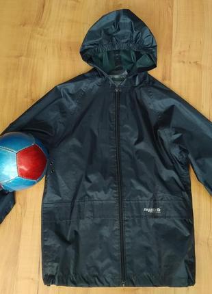 Дождевик, курточка непромокаемая с капюшоном на 8-9 лет